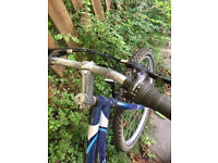 26 inch unisex Apollo bike
