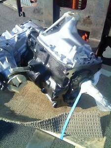 Toyota Land Cruiser HZJ 75 G/BOX & TRANSFER CASE Canning Vale Canning Area Preview