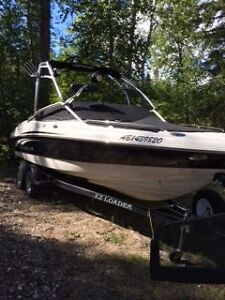 2008 CHAPARRAL 210 SSI (TOP OF THE LINE BOAT)