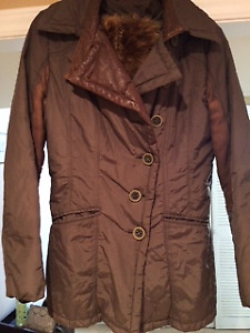 Danier women's Medium leather and winter fall coat, with fur.