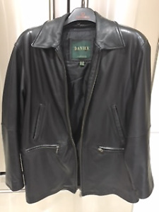 Danier Leather Mens coat