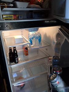 Kenmore 2 Door 18.2 cubic foot refrigerator for sale