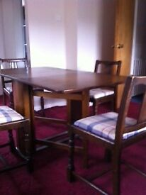 1940 Dining table and chairs