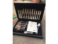 Viners 44 piece silver plated cutlery set in canteen