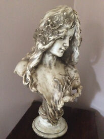 Stunning girl bust/ornament
