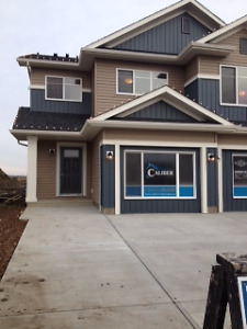 3 BEDROOMS, DOUBLE GARAGE, FINISHED BASEMENT