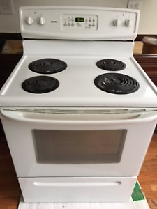 """Kenmore 30"""" electric used stove"""
