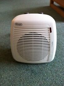 De'Longhi Verticale Young 2kW Fan Heater & Cooler