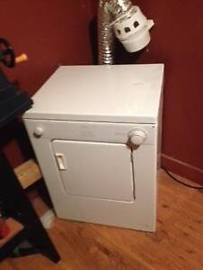 Apartment Washer | Get a Great Deal on a Washer & Dryer in Windsor ...