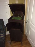 "Antique 1907 Phonola ""Duke"" Phonograph - WORKS!"
