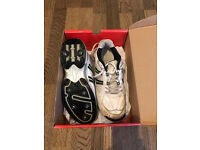 Cricket Shoes - Boys size 6
