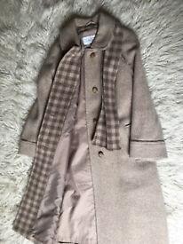 Ladies' winter coat.