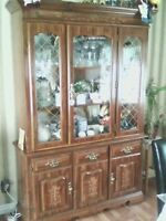 FOR SALE: TWO PIECE HUTCH AND BUFF!!!