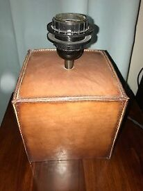 Leather lamp base - square