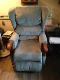 Rise & Recline Electric Armchair Very Good Condition