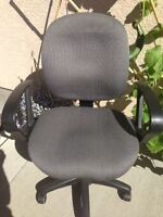 Office Chair, fabric upholstered, easy to remove arms