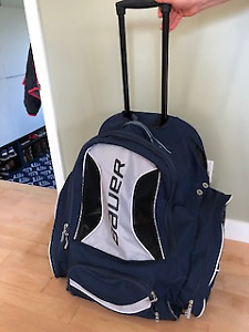Bauer Hockey bag with wheels- almost new