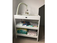 Baby Weaver changing table/dresser by Kiddicare & Humphrey's Corner changing mat