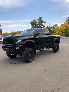 Dodge Ram 3500 fully loaded with 552 RW horse power