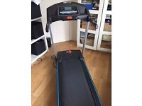 Pr Fitness Motorized Treadmill 382/1176 folds up/assembled/variable incline and speed