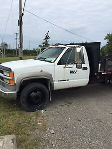 2002 Chevrolet GM4 Heavy Duty Flat Bed Truck