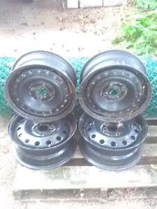 15' four bolt patterns Ford Rims London Ontario image 2
