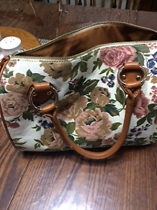 Purse - Hand Bag - Brand New!!