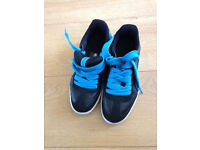 Puma Boys Trainers Size 4