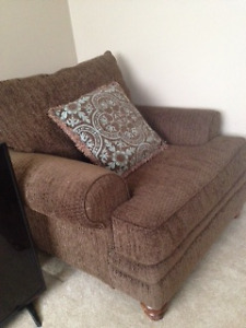 Oversized Lounge Chair Excellent Condition
