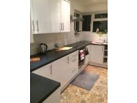 Double room for rent, in a flat on 1st floor