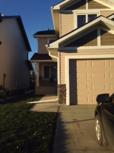 Wanted: roommate for NW Edmonton Duplex