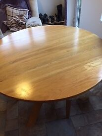 Round Oak Table, Good Condition
