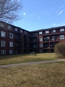 South End 1 Bedroom top floor condo , Ideal Location at Quingate