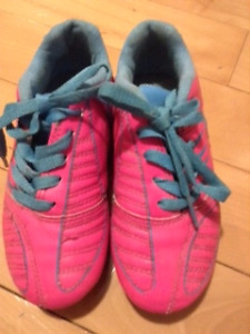 Size 1 Eletto Soccer Cleats