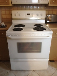 Moving Sale - Frigidaire Gallery - Electric Stove