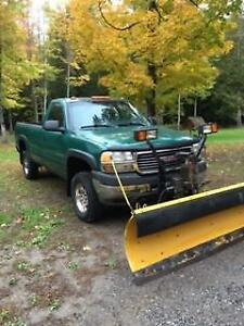 2001 GMC 2500 Truck With Meyers Plow