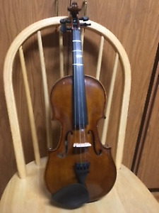 REDUCED to SELL ;  STENTOR VIOLIN