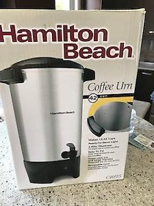 Hamilton Beach Percolateur à 42 tasses