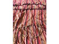 Warm reds striped scarf