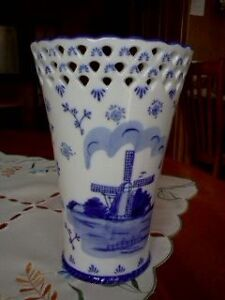 Buying Your Delft Blue Vase