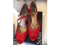 Fabulous red party shoes size 6
