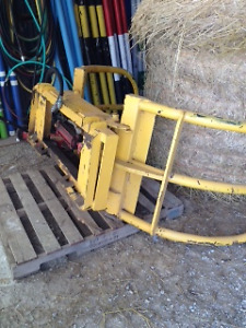 Bale Grab for compact tractor or skid steer