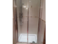 Quality Shower Panel, screen and tray - as new condition