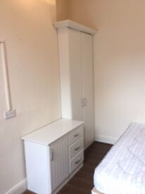 Double room available now- Liverpool 6 Kensington- DSS Accepted- VIEW NOW!