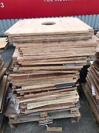 Free Pallets/Wood