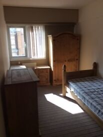 available now- En-suite single room, Furnished & Inludes bills- Pall Mall, Liverpool 3 City Centre