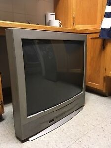 32 INCH SANYO TV IN PERFECT WORKING ORDER
