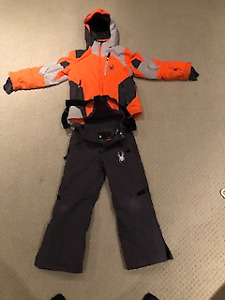 Spyder Boys Ski Jacket and Pants - Kids size 8