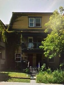 **4 BDRM House - Walk to Carleton!! - Available ASAP!!**