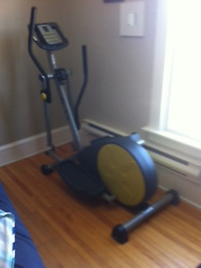 elliptical excercise machine